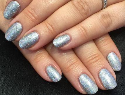 metalic nails by kelli waldock