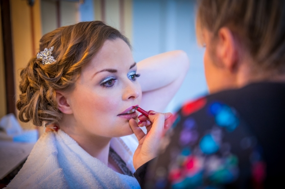 Kelli Walldock professional make up artist